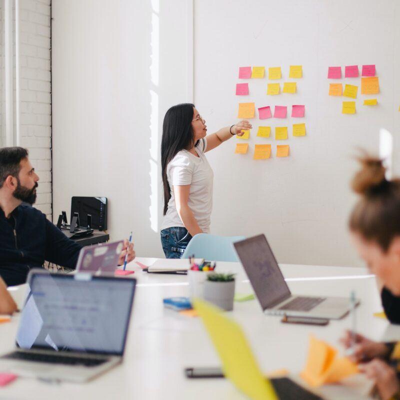 5 essential roles for growing an inhouse marketing team - Modo25