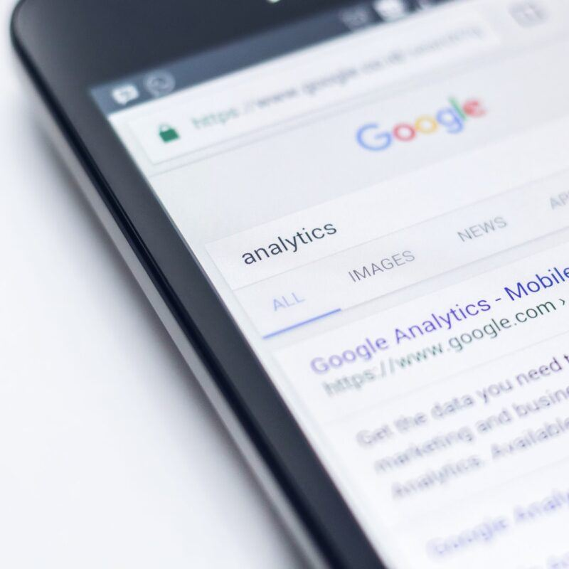 phone showing Google featured snippet