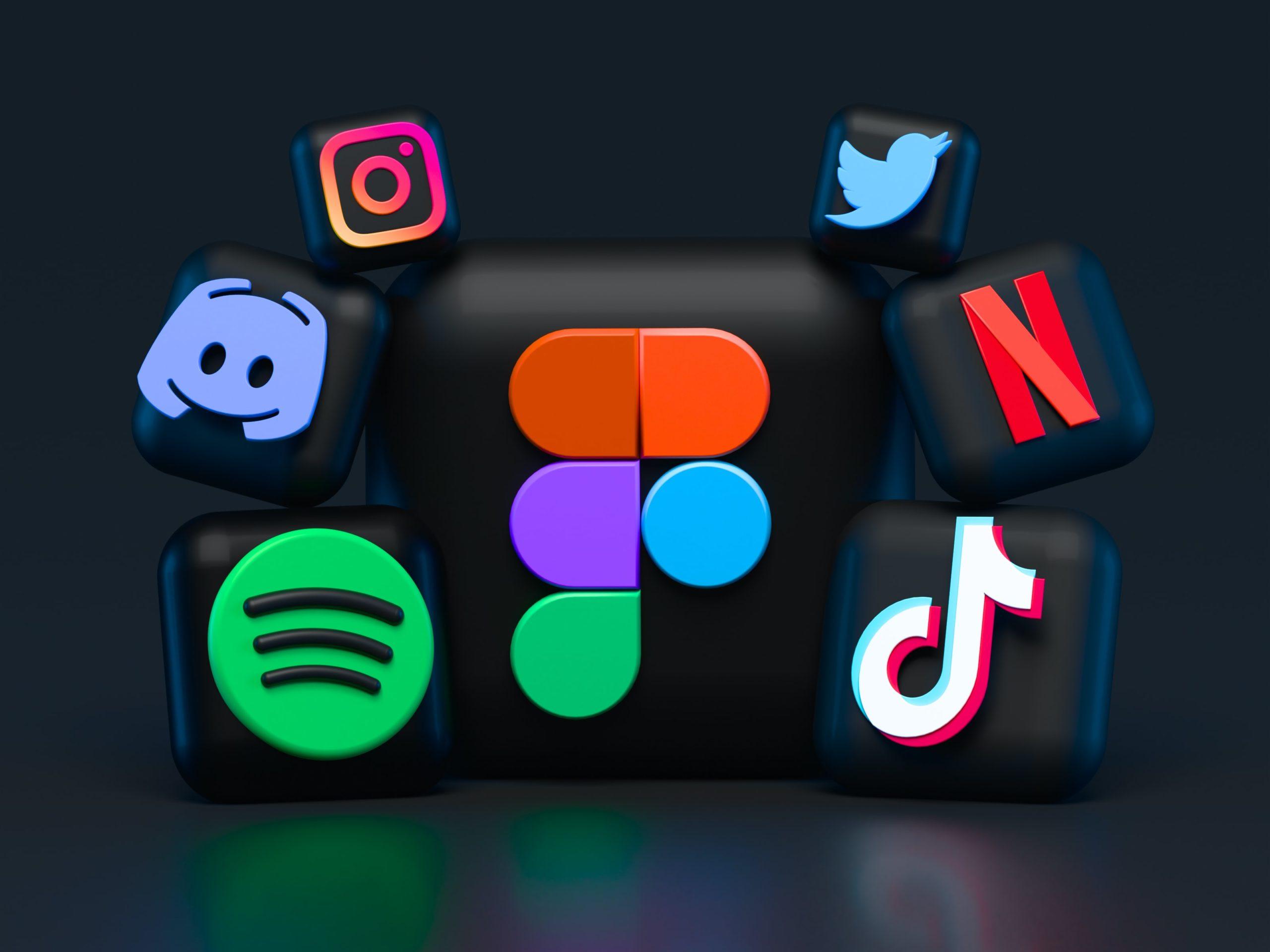 Digital marketing platforms, socials
