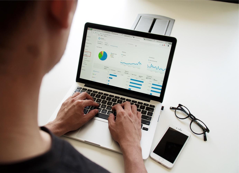 Types of digital marketing, traditional vs digital marketing